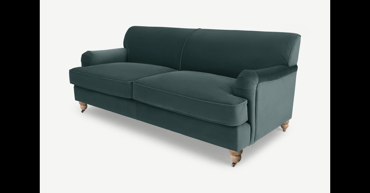 Orson 3-Sitzer Sofa, Samt in Gruen - MADE.com