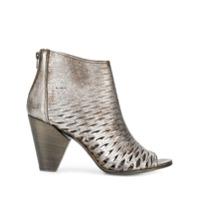 Strategia Perforated Ankle Boots - Cinza