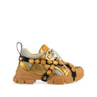 Gucci Tênis Flashtrek De Couro Com Aplicações - Dourado ... cc2c82ad9fa