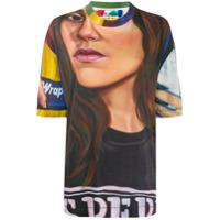 Etudes Camiseta Museum Chloe Wise Com Estampa - Marrom